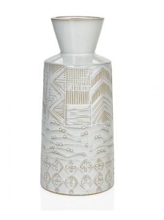 vase beige et blanc de style bohème et ethnique